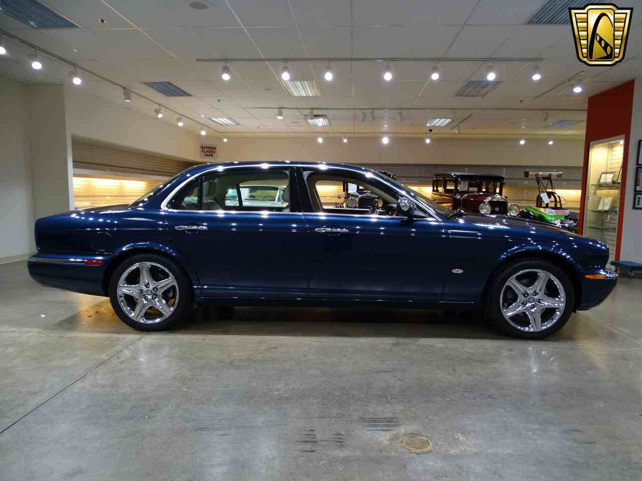 Large Picture of '06 XJ8 Offered by Gateway Classic Cars - St. Louis - MFNT