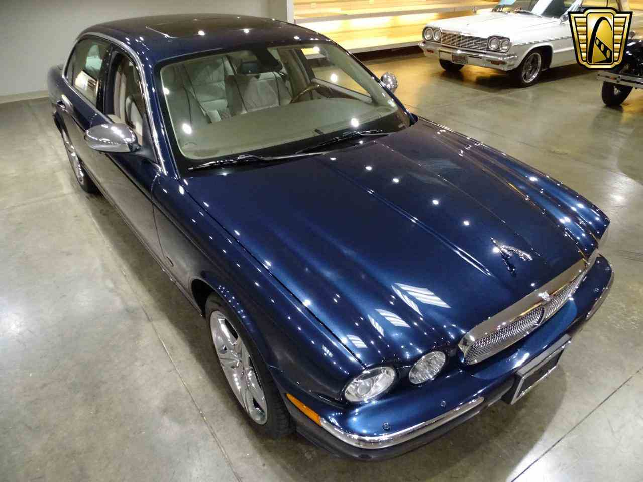 Large Picture of 2006 Jaguar XJ8 located in O'Fallon Illinois Offered by Gateway Classic Cars - St. Louis - MFNT
