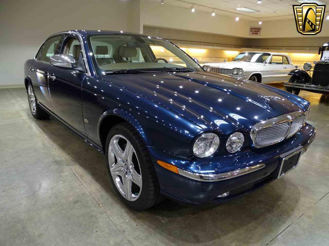 Large Picture of 2006 Jaguar XJ8 - MFNT