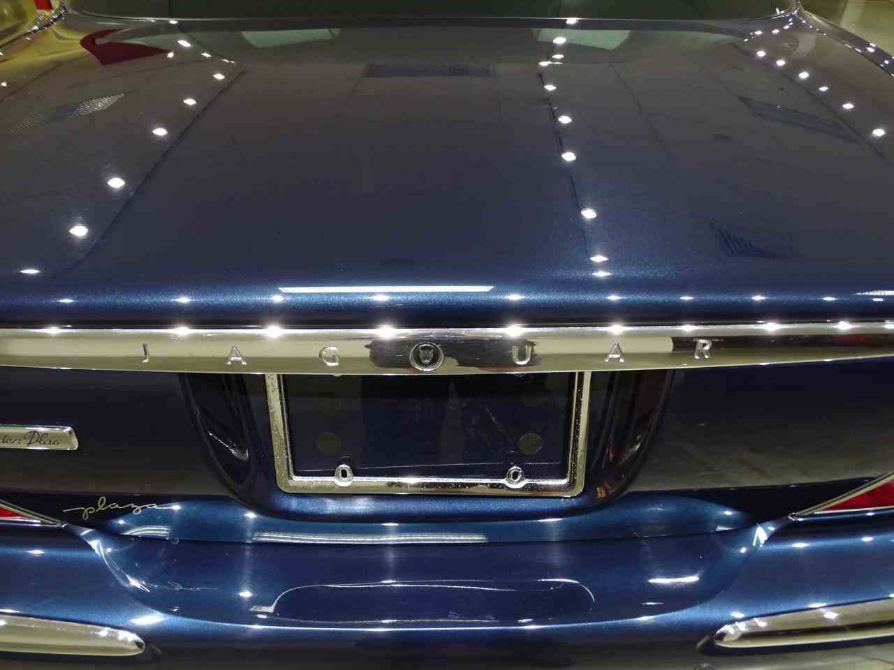 Large Picture of 2006 Jaguar XJ8 - $14,995.00 Offered by Gateway Classic Cars - St. Louis - MFNT