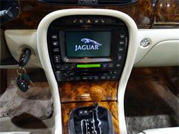 Picture of 2006 XJ8 located in Illinois - MFNT