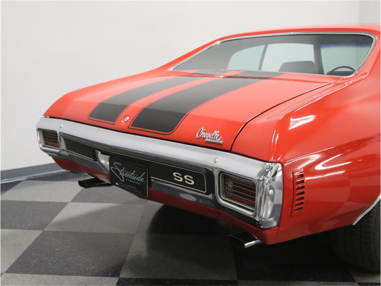 Large Picture of Classic '70 Chevrolet Chevelle SS located in Lavergne Tennessee Offered by Streetside Classics - Nashville - MFNU