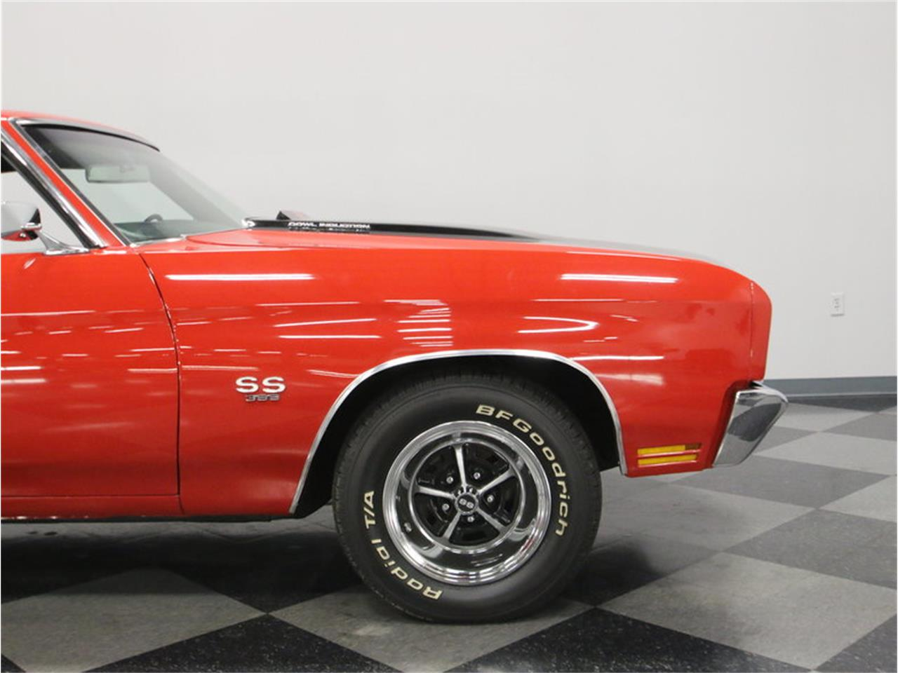Large Picture of Classic 1970 Chevelle SS located in Lavergne Tennessee - $45,995.00 Offered by Streetside Classics - Nashville - MFNU