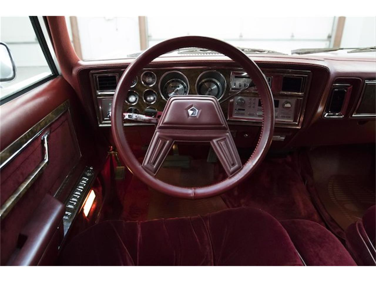 Large Picture of 1986 Chrysler Fifth Avenue - $13,975.00 Offered by Frankman Motor Company - MFNZ