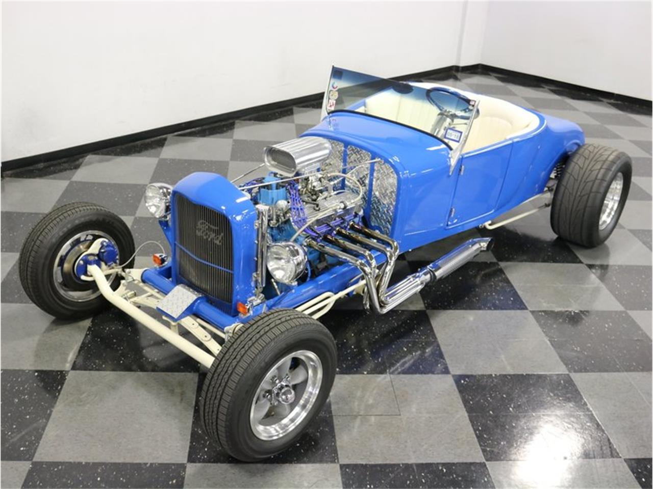 Large Picture of Classic 1927 Ford Model T Offered by Streetside Classics - Dallas / Fort Worth - MAZM