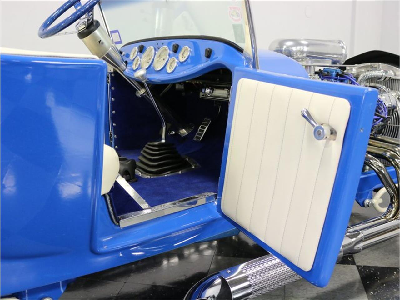 Large Picture of Classic '27 Ford Model T located in Texas - $29,995.00 Offered by Streetside Classics - Dallas / Fort Worth - MAZM