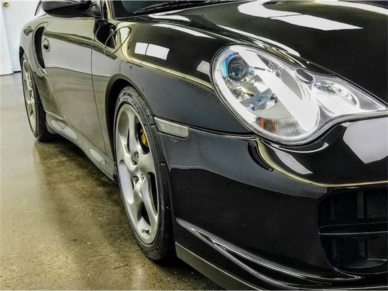 Large Picture of 2002 Porsche 911 - MFQA