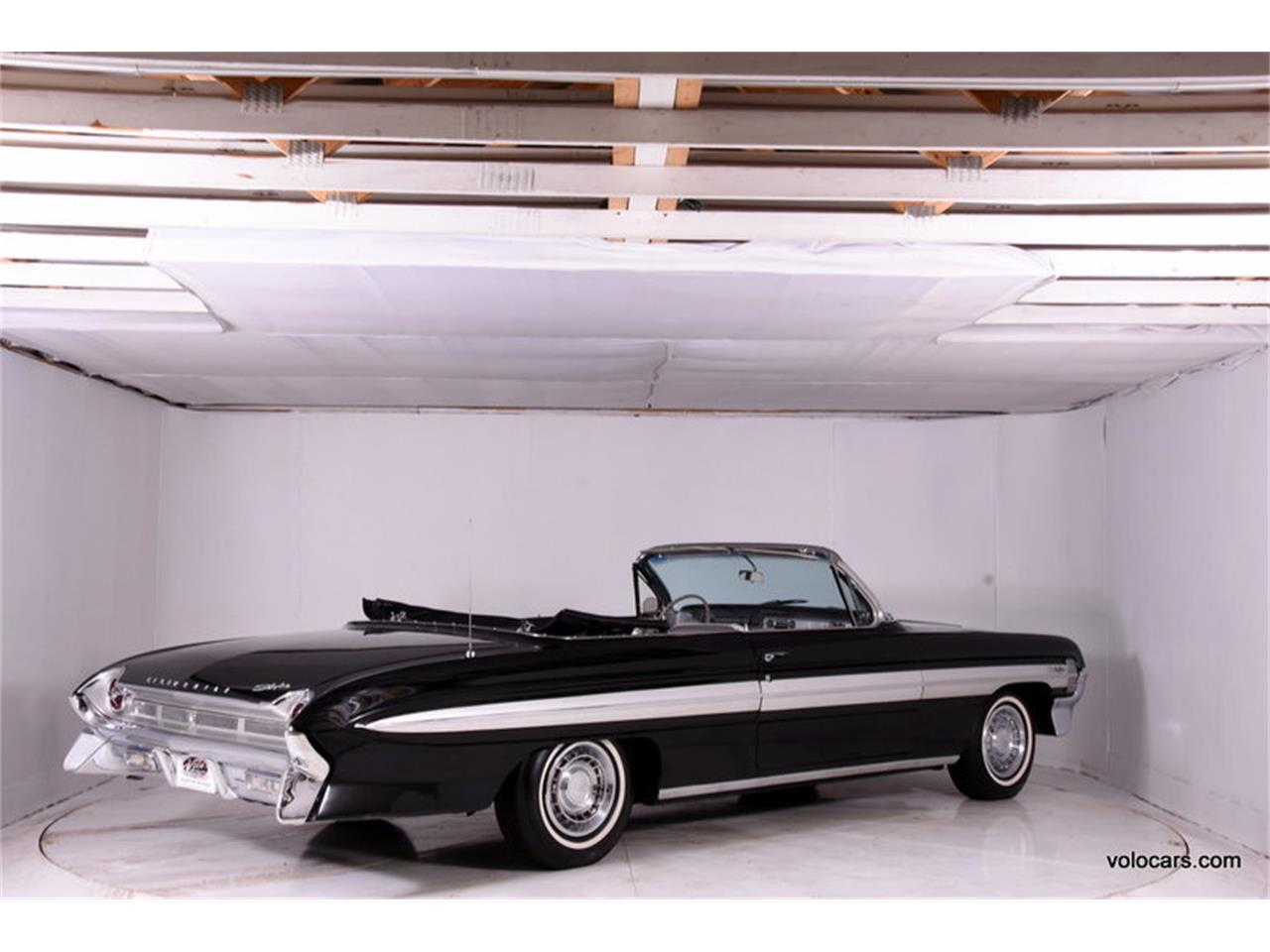 Large Picture of 1961 Starfire located in Volo Illinois - $30,998.00 - MFQR