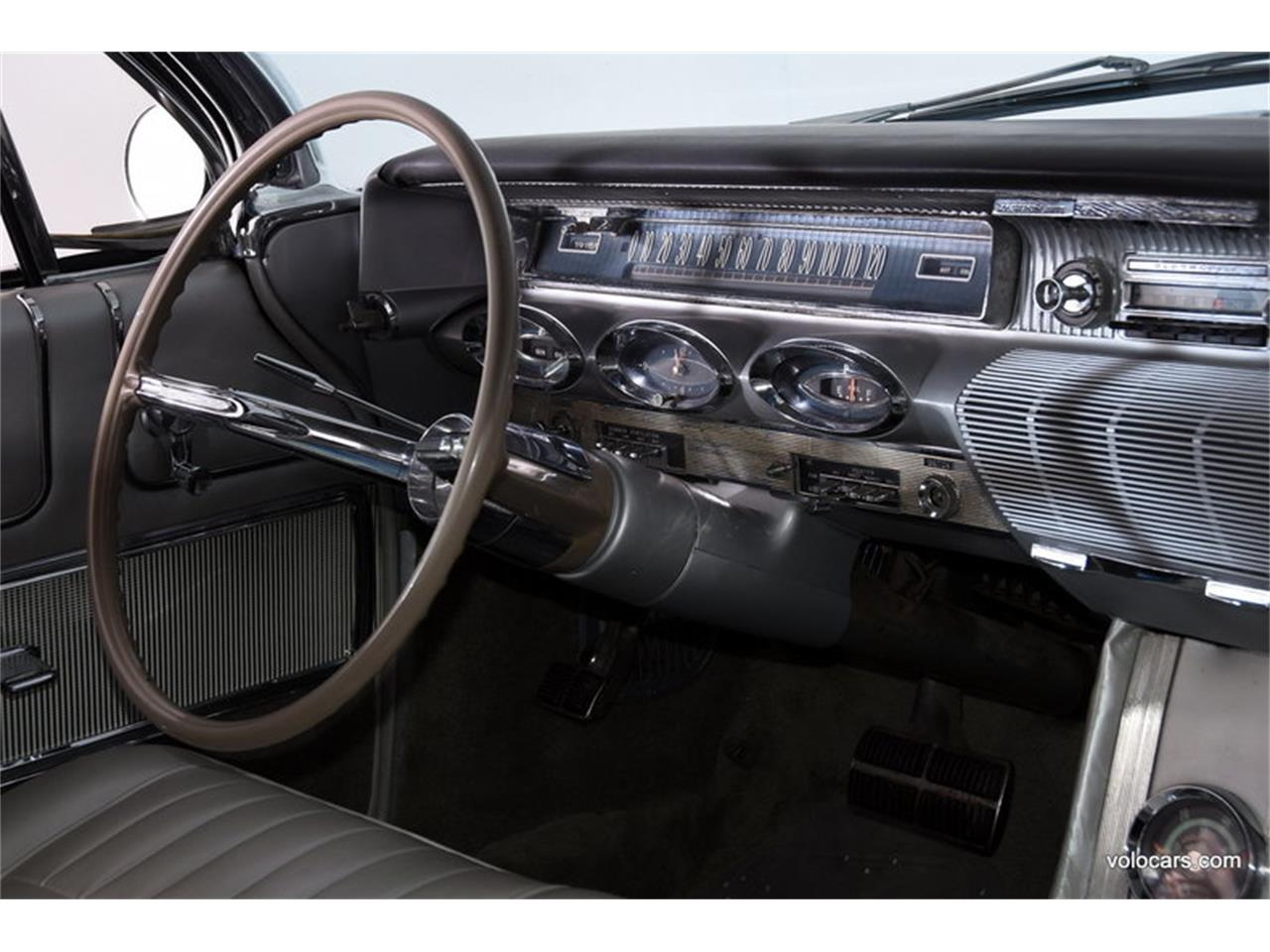 Large Picture of 1961 Oldsmobile Starfire Offered by Volo Auto Museum - MFQR