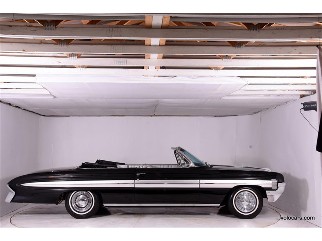 Large Picture of 1961 Starfire located in Illinois - $30,998.00 - MFQR