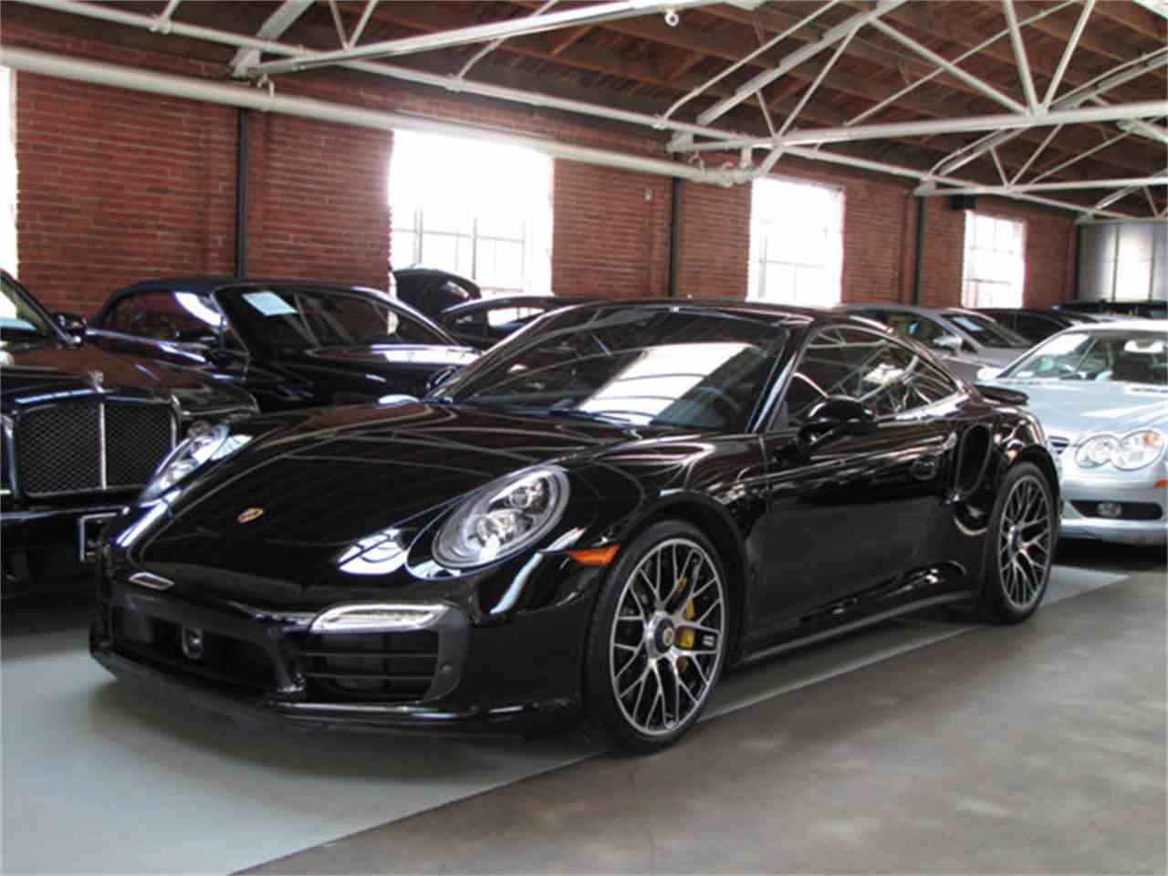 Large Picture of 2016 Porsche 911 - $154,900.00 - MFRS