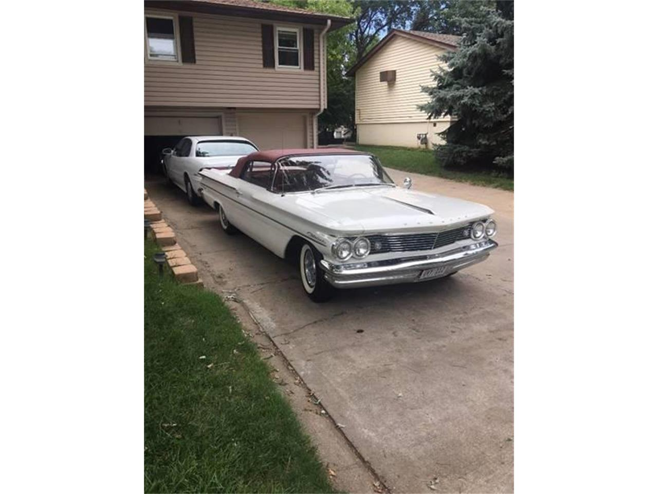 Large Picture of Classic 1960 Pontiac Catalina located in Iowa Offered by Wayne Johnson Private Collection - MFSH