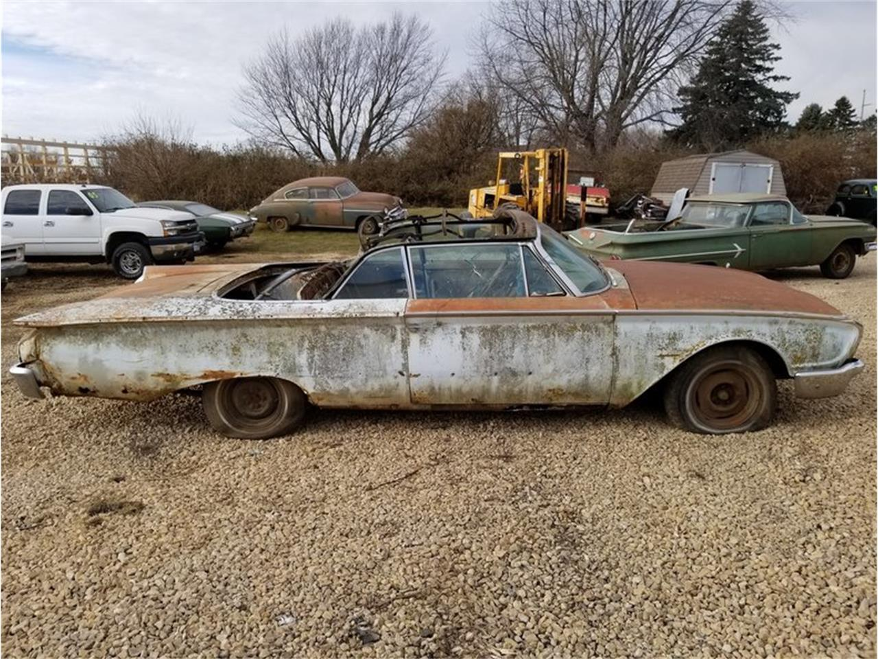 Large Picture of '60 Ford Sunliner - $6,900.00 - MFTO