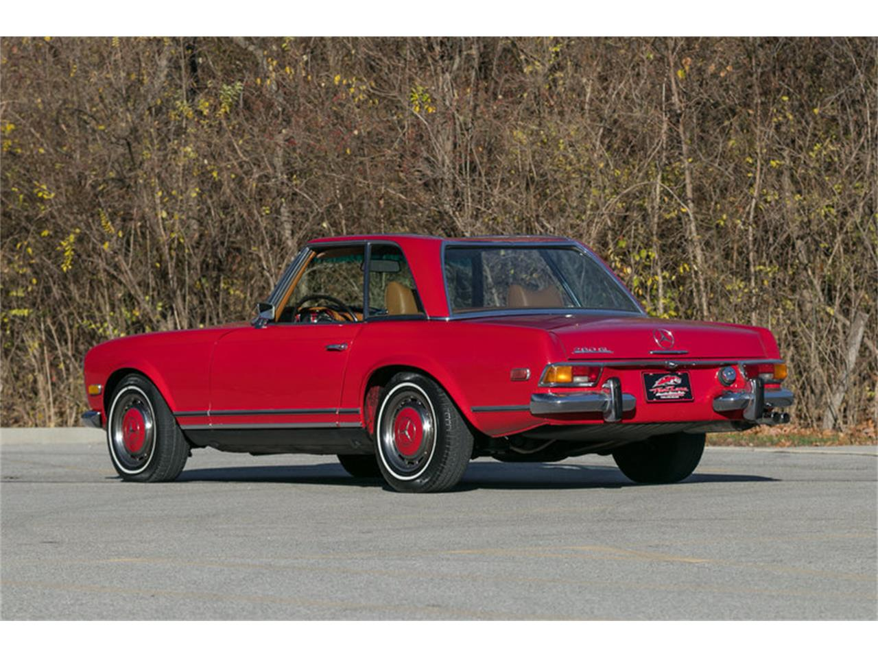 Large Picture of Classic '71 Mercedes-Benz 280SL located in St. Charles Missouri Offered by Fast Lane Classic Cars Inc. - MFTR