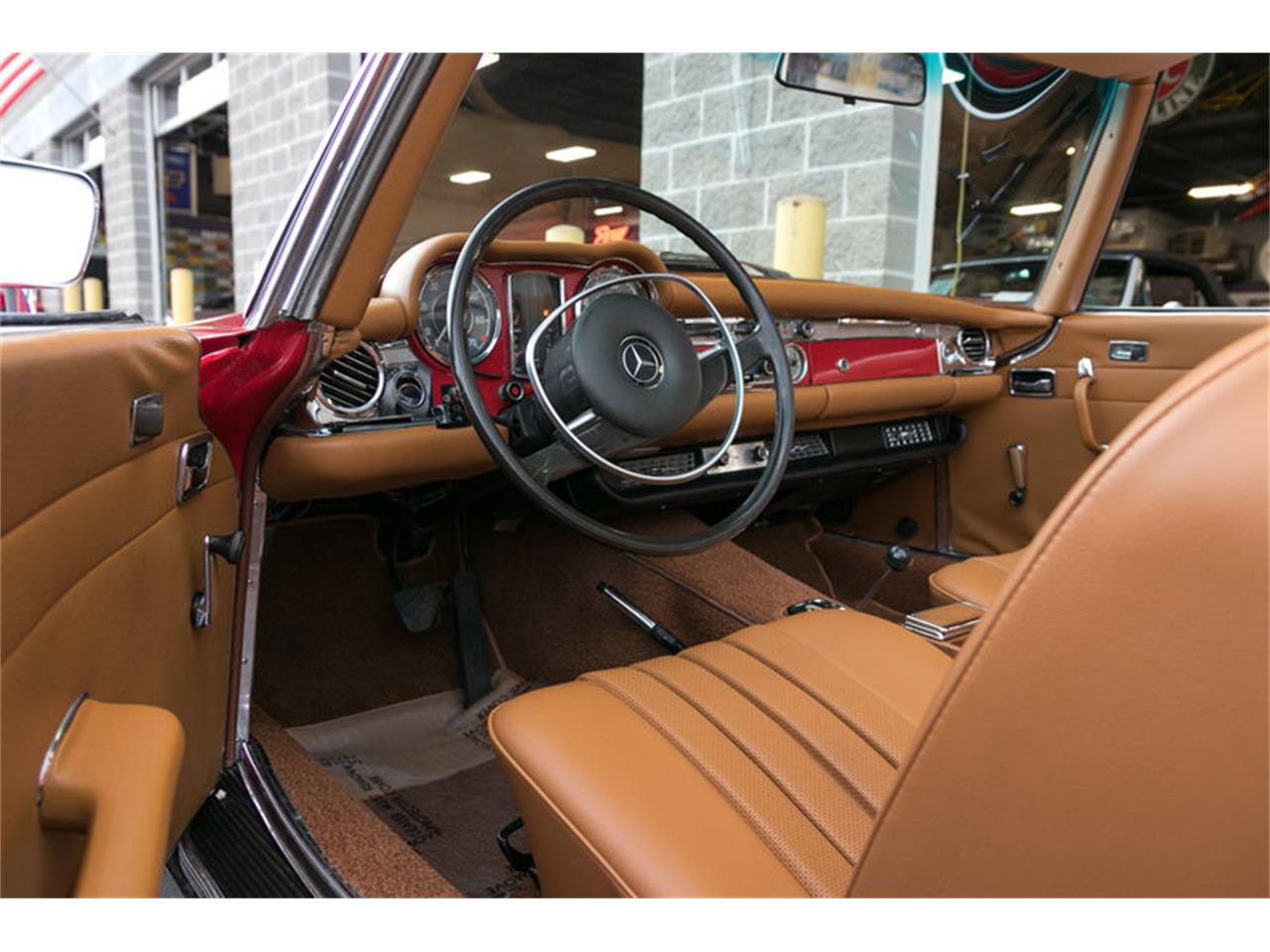 Large Picture of '71 Mercedes-Benz 280SL located in Missouri Offered by Fast Lane Classic Cars Inc. - MFTR