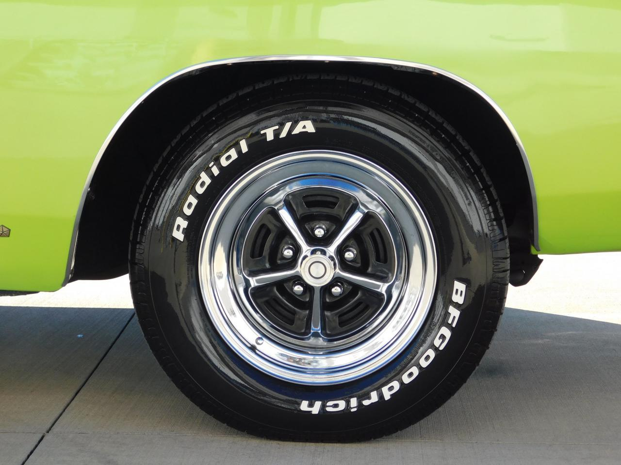 Large Picture of '68 Charger - MFU6
