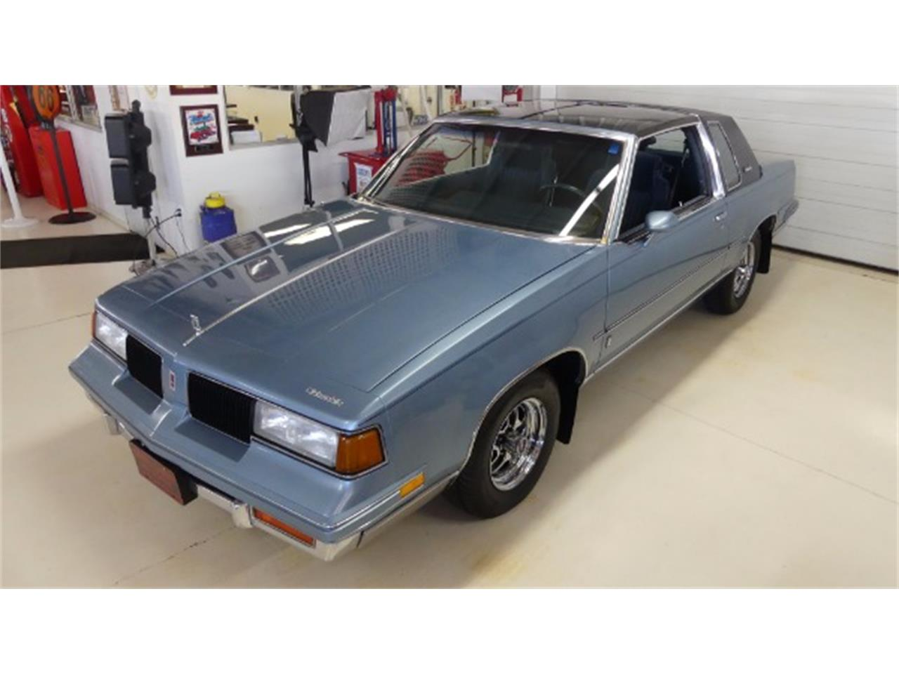 Large Picture of 1987 Oldsmobile Cutlass S located in Columbus Ohio - MFUL