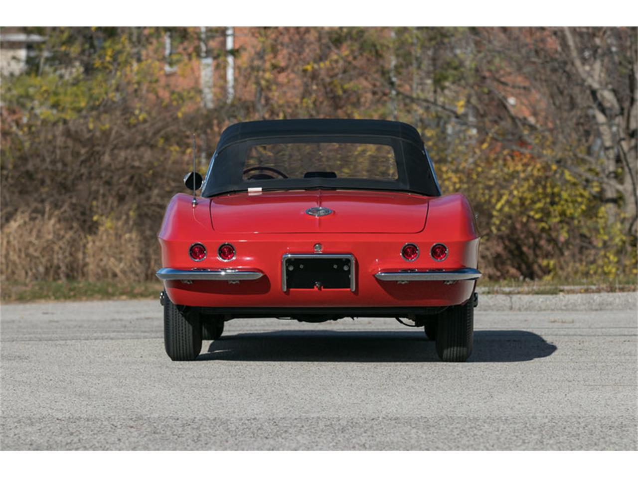 Large Picture of '62 Corvette - MFUM