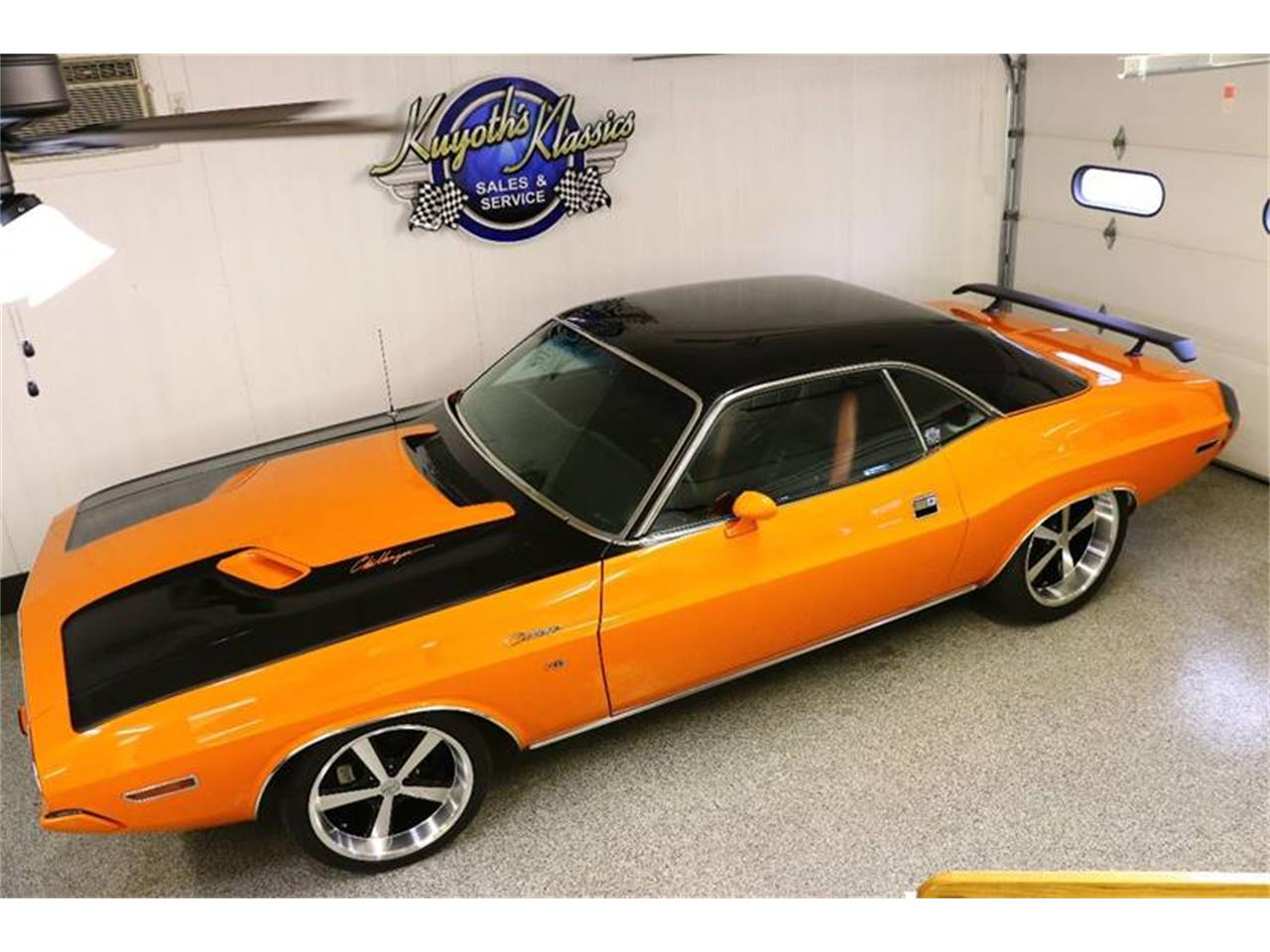 Large Picture of '70 Challenger - MFVY