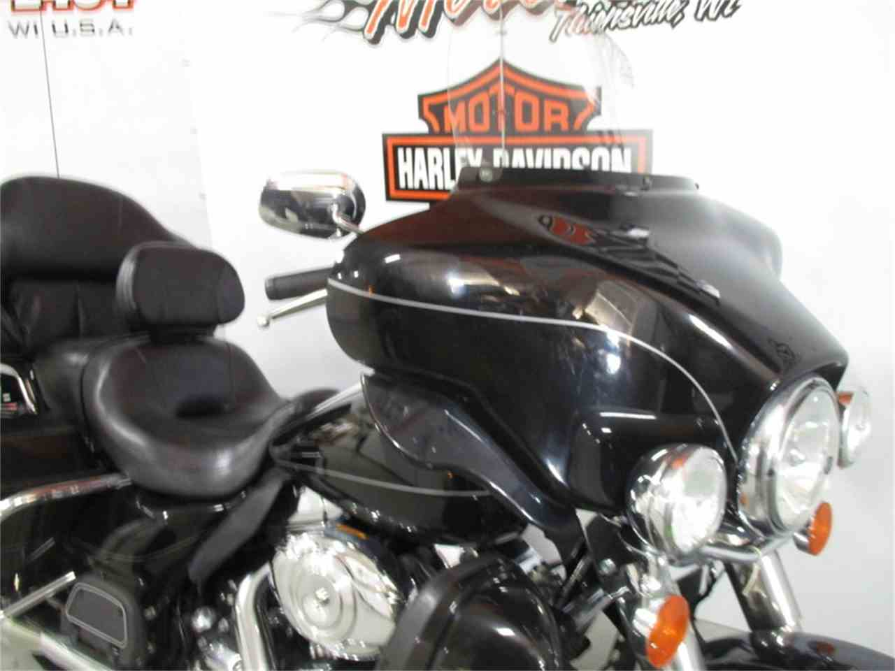 Large Picture of '11 FLHTK - Electra Glide® Ultra Limited - MB0W