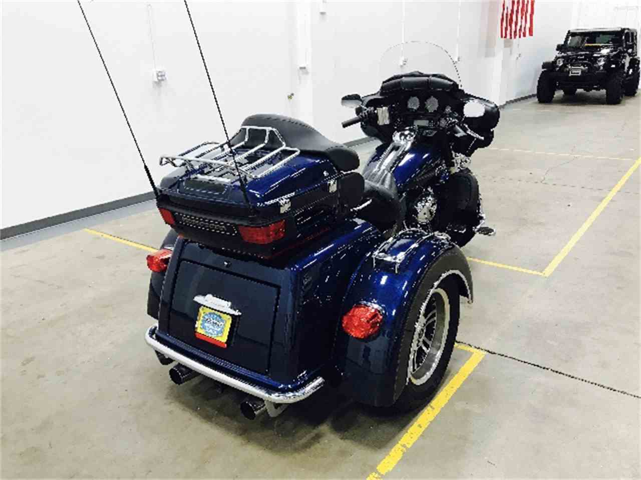 Large Picture of '13 Motorcycle - MG0Y