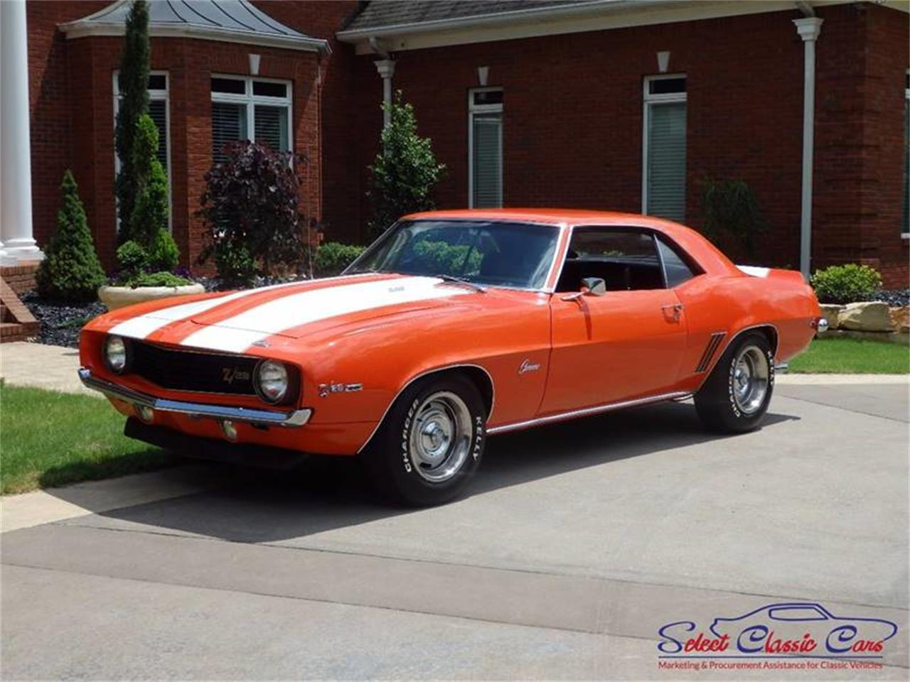 Large Picture of Classic '69 Camaro Offered by Select Classic Cars - MG35