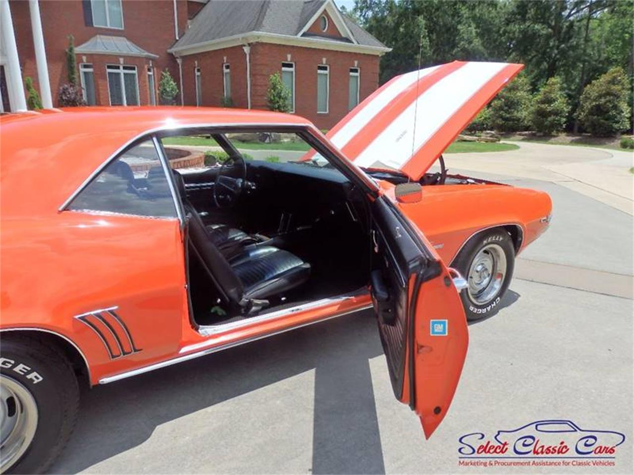 Large Picture of Classic '69 Chevrolet Camaro located in Georgia - $34,500.00 Offered by Select Classic Cars - MG35