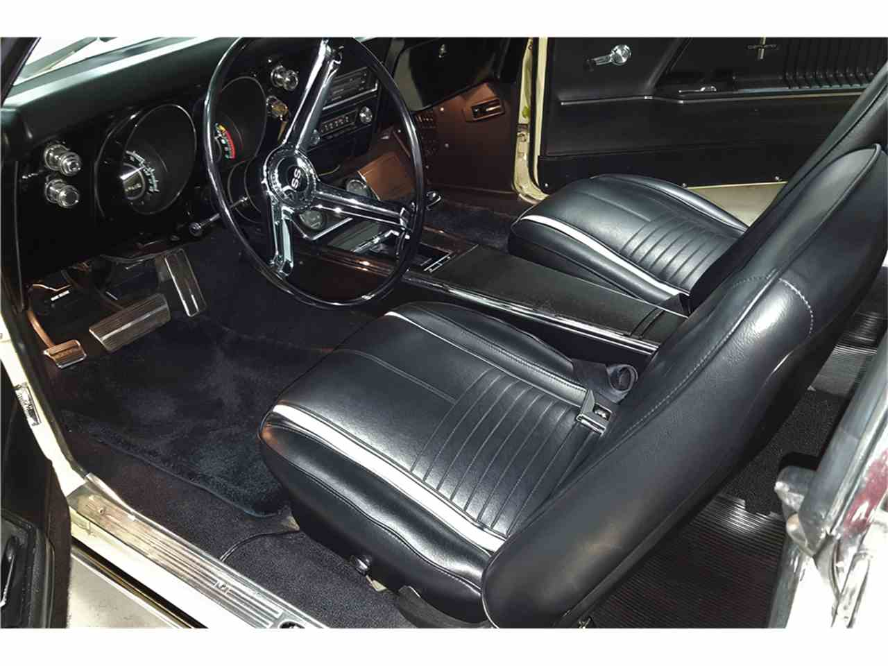 Large Picture of Classic 1967 Chevrolet Camaro located in Arizona Auction Vehicle Offered by Barrett-Jackson Auctions - MG93