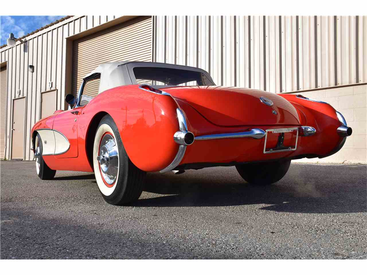 Large Picture of '57 Corvette - MGAR