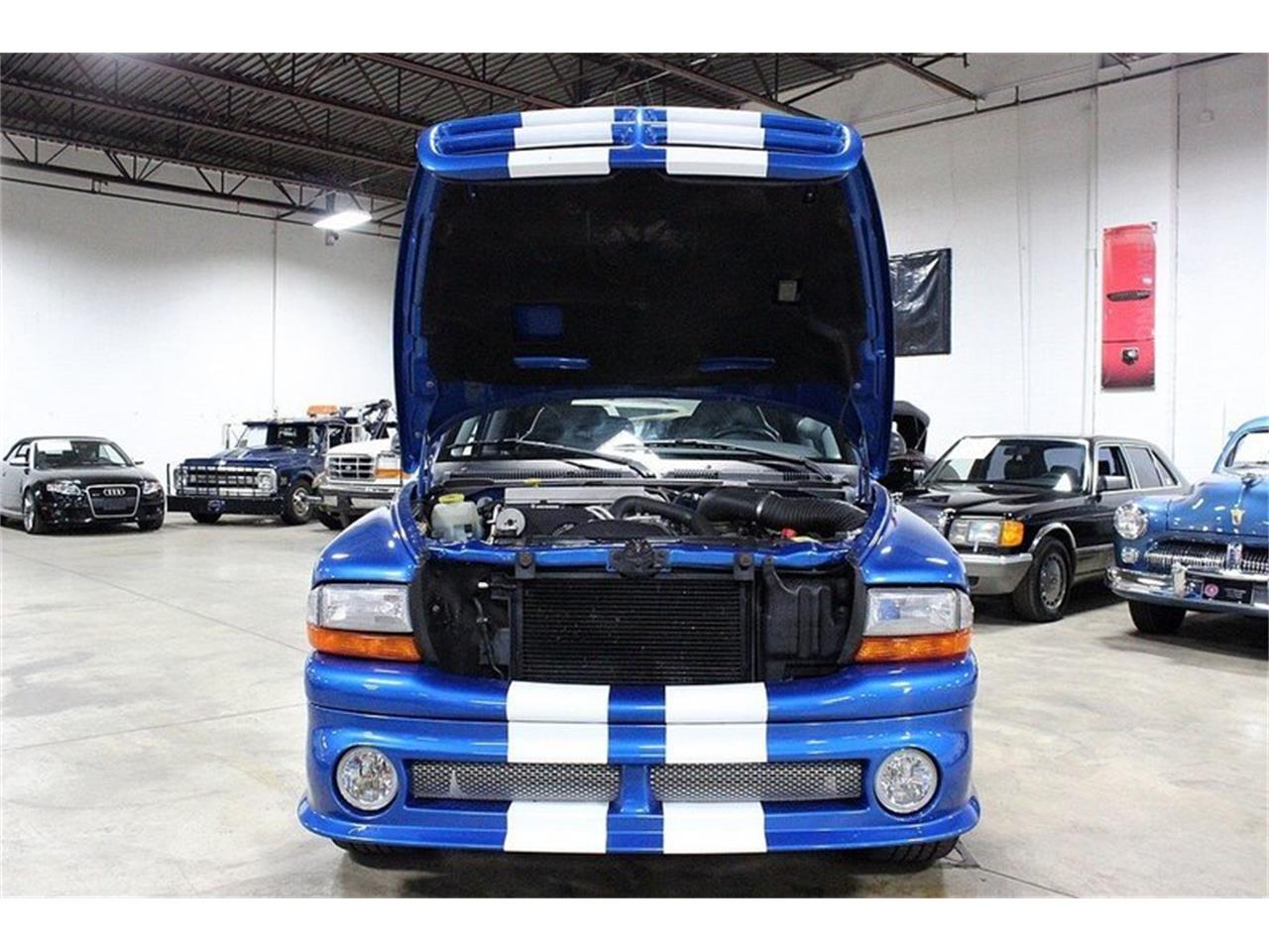 Large Picture of '99 Dodge Durango Shelby SP-360 located in Kentwood Michigan - $31,900.00 - MB1Y