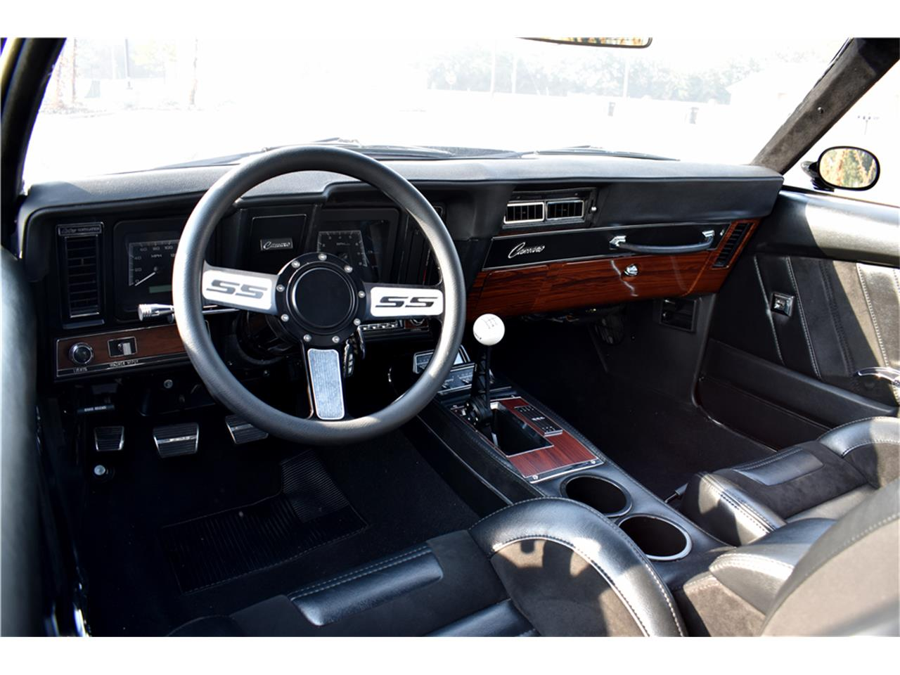 Large Picture of Classic 1969 Chevrolet Camaro located in Scottsdale Arizona - MGBJ