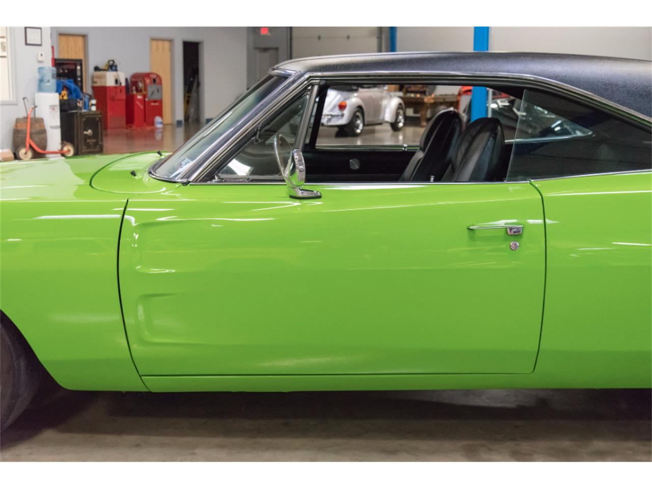 Large Picture of Classic 1970 Charger Offered by John Kufleitner's Galleria - MB1Z
