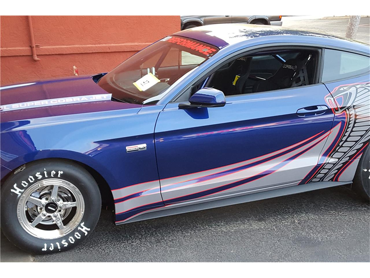 Large Picture of 2016 Mustang Auction Vehicle - MGBW
