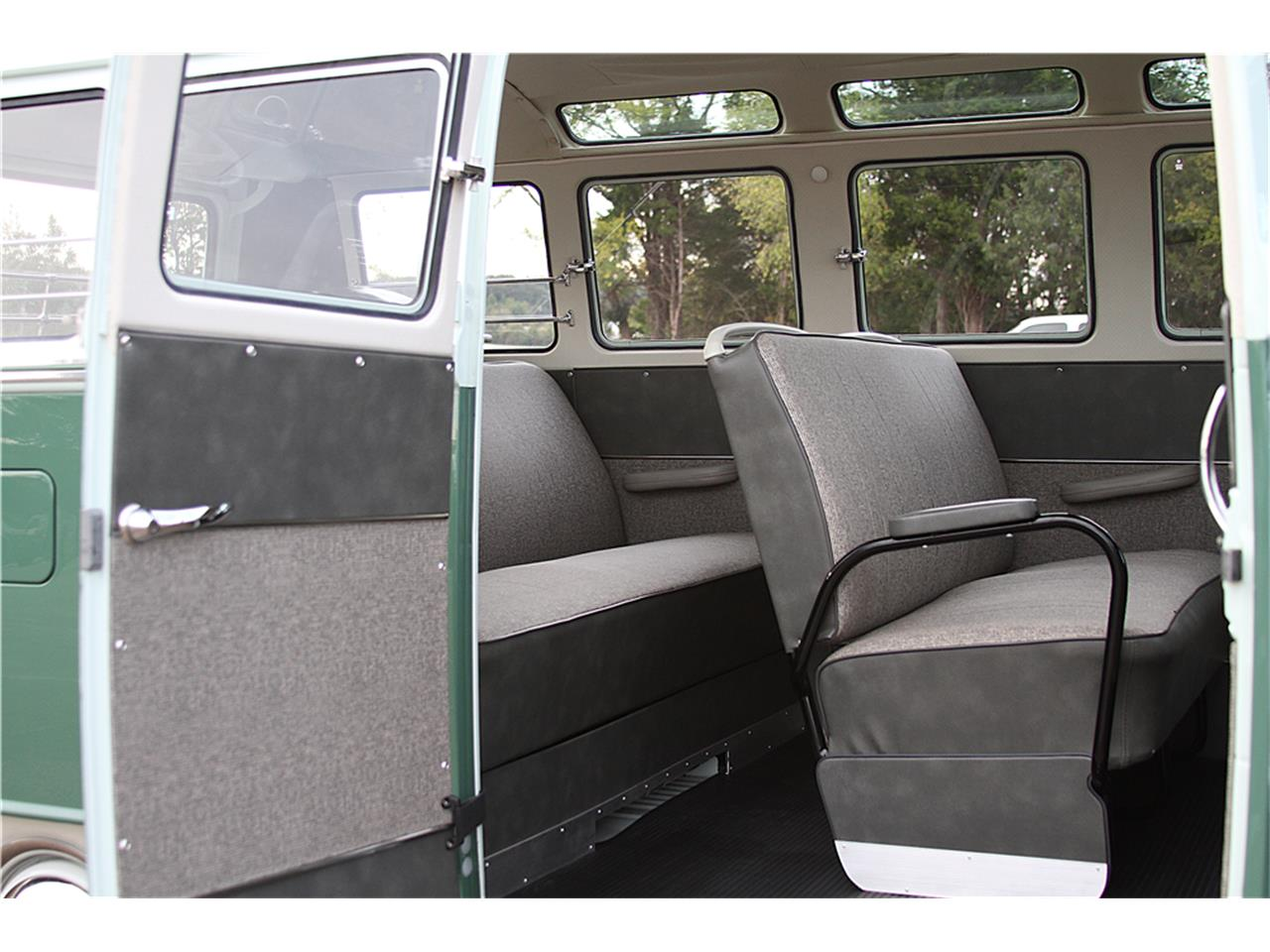 Large Picture of '65 Bus - MGCX