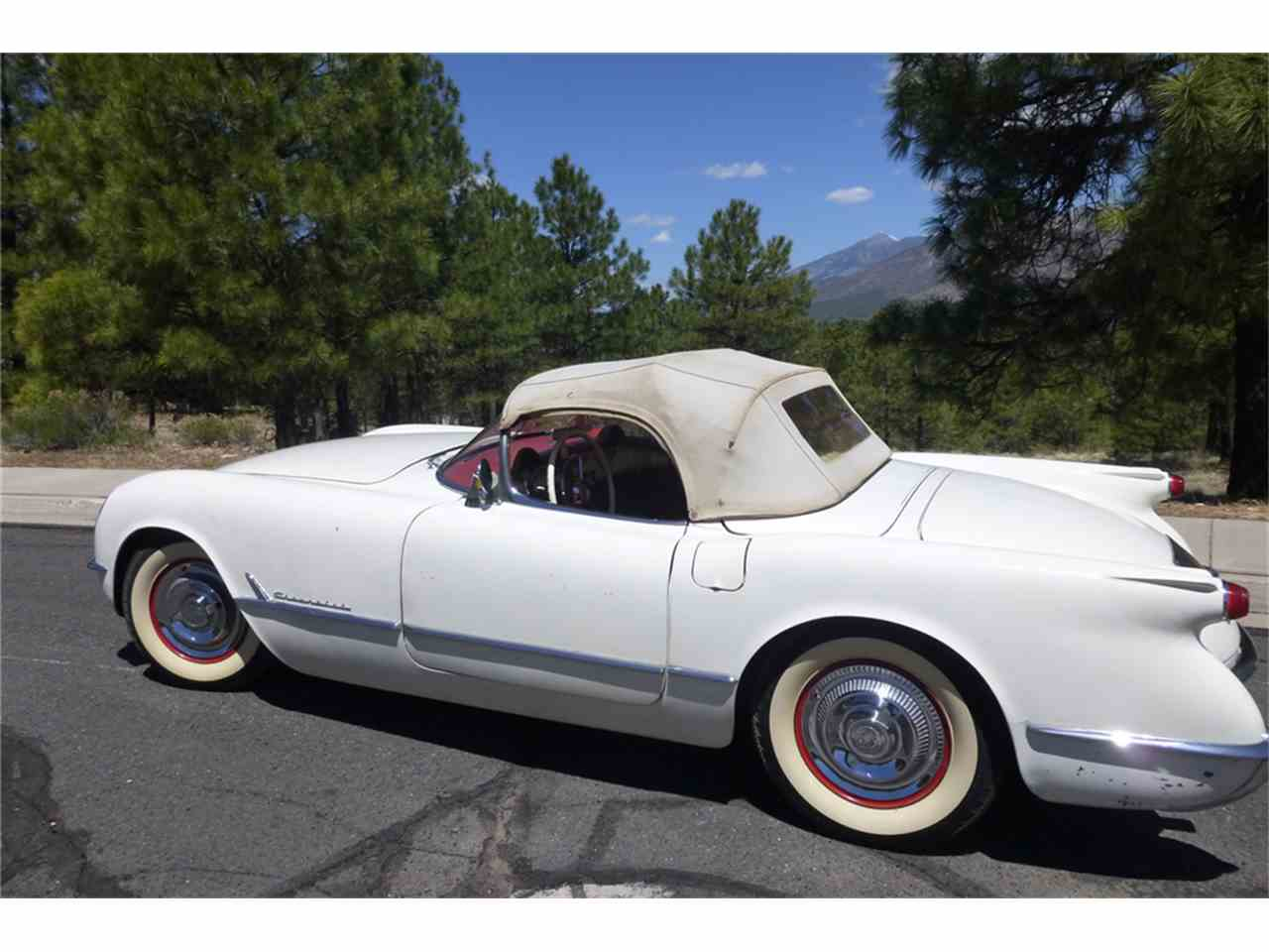 Large Picture of '54 Corvette - MGD5
