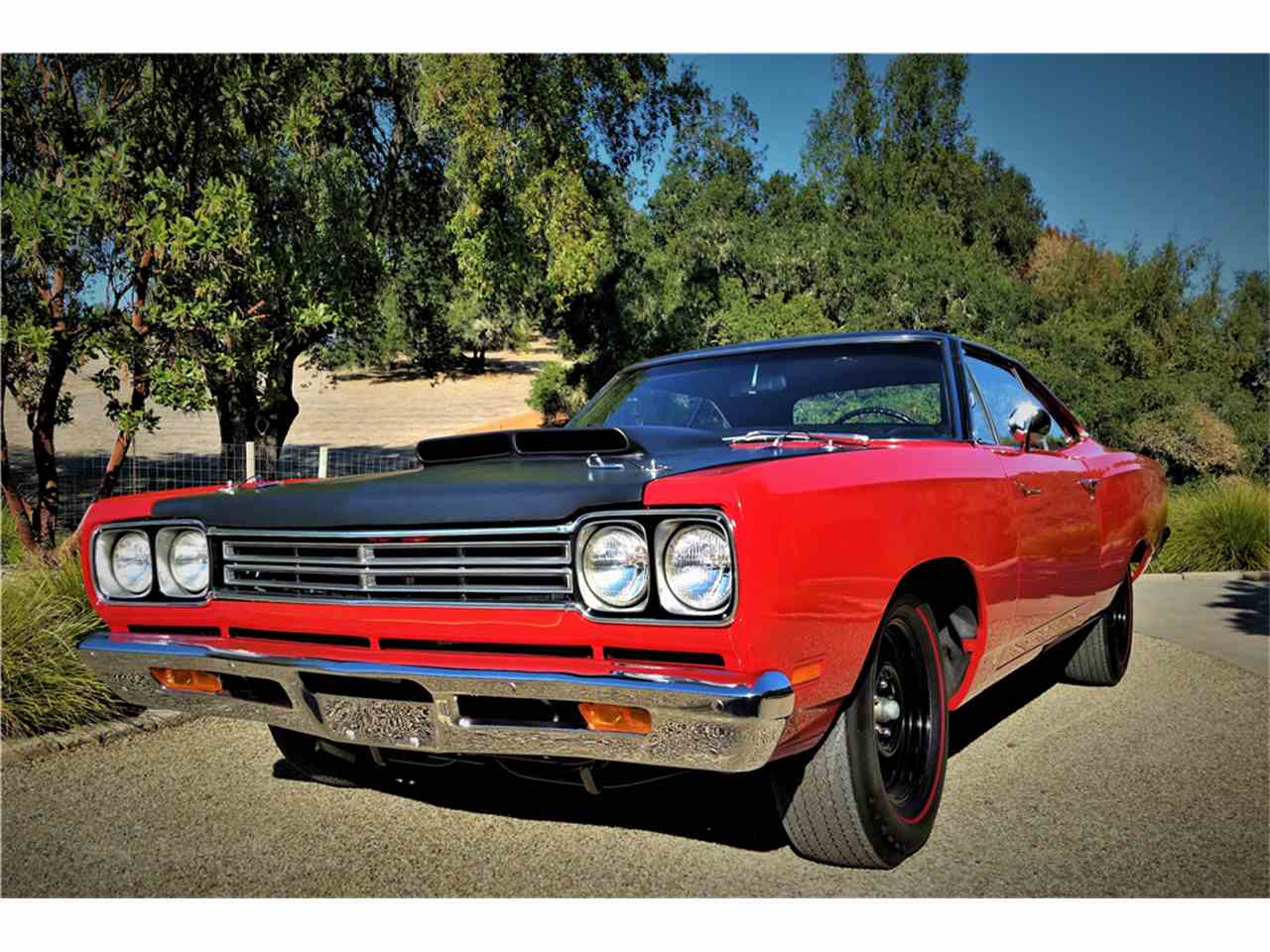 Large Picture of '69 Road Runner - MGDA