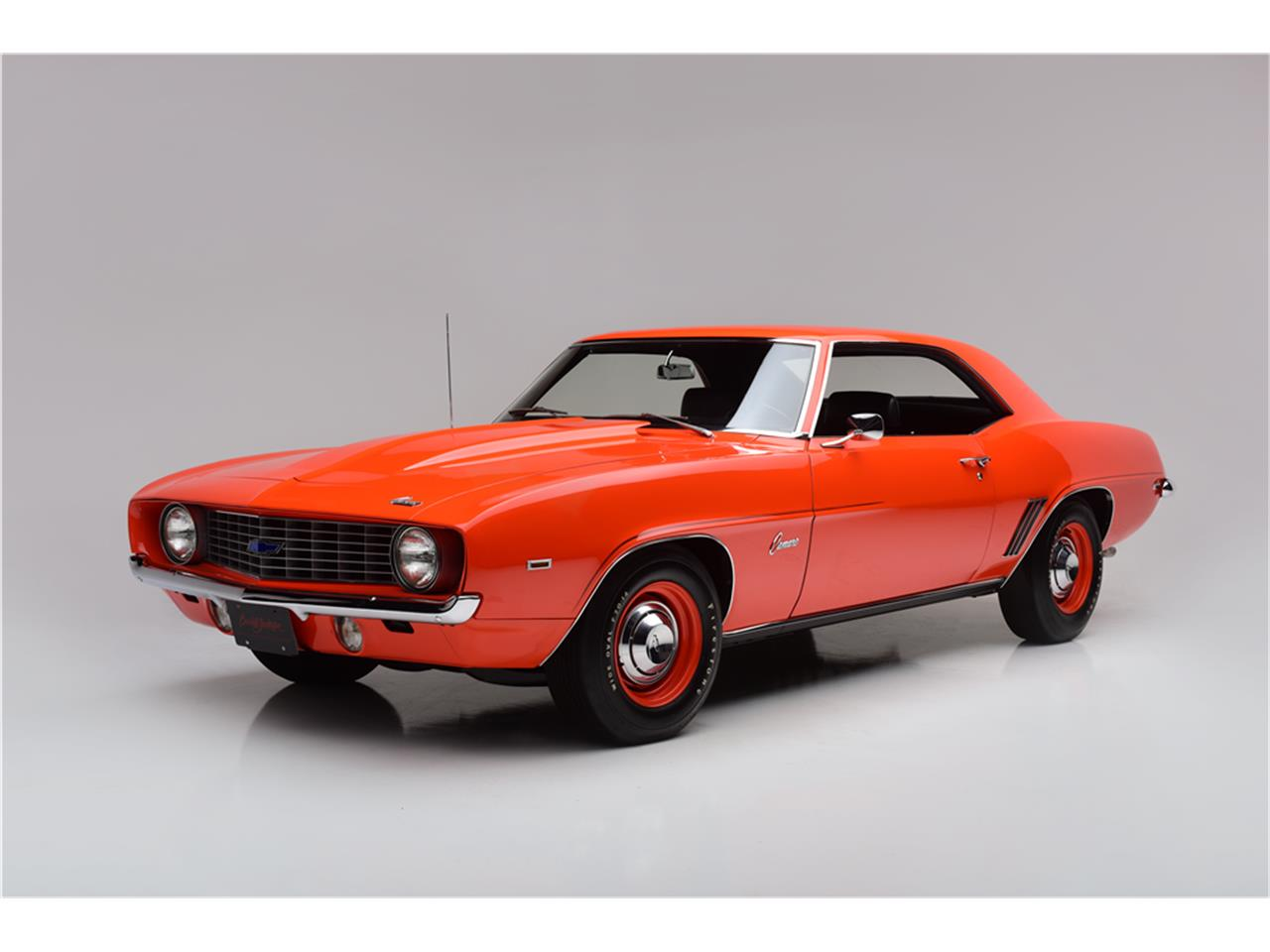 Large Picture of '69 Camaro - MGF6