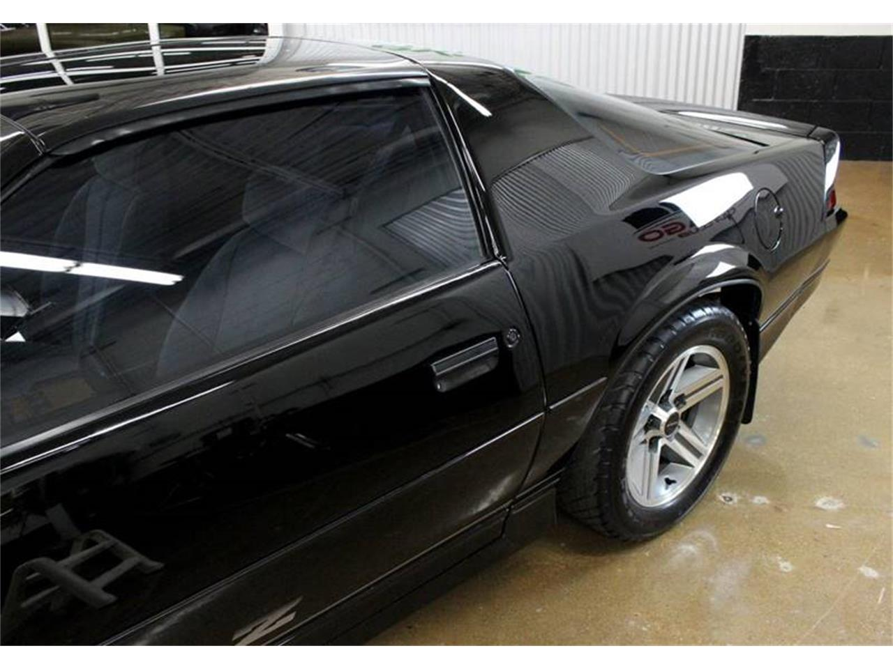 Large Picture of '85 Camaro located in Illinois - MB2C