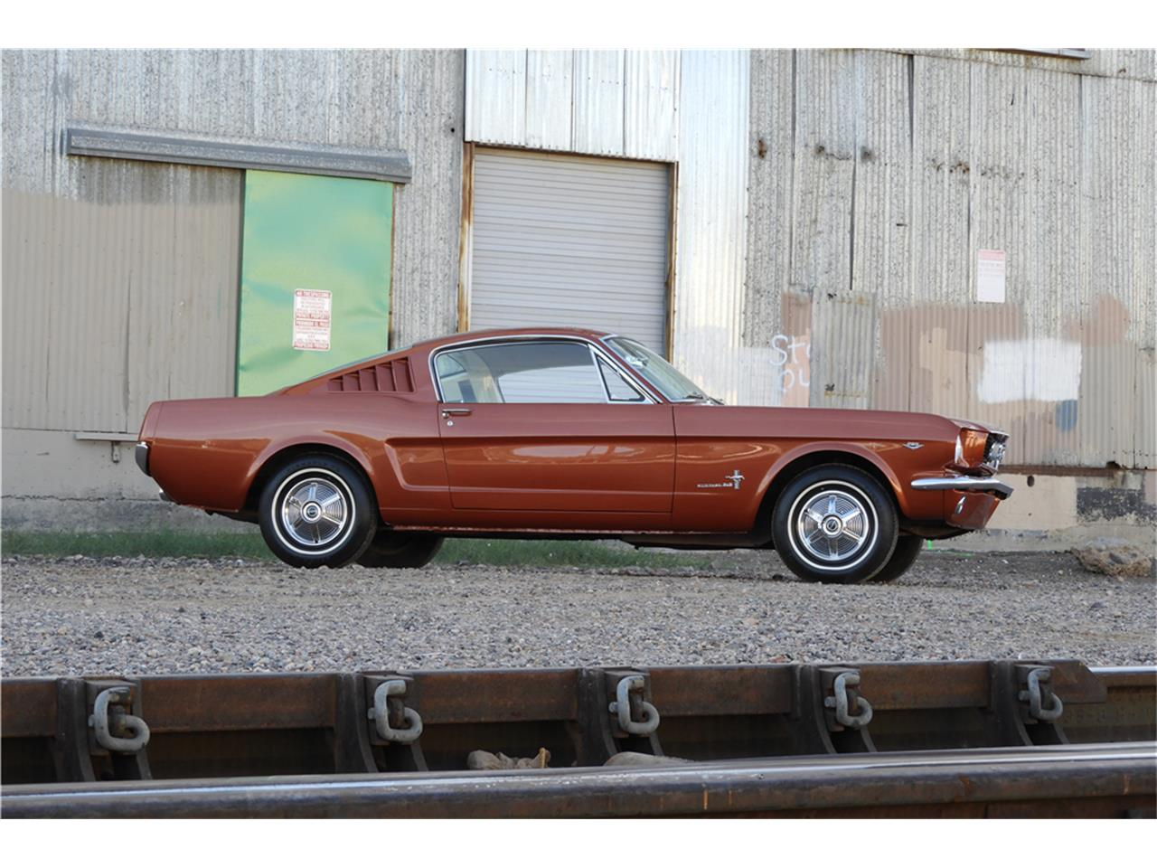 Large Picture of '66 Mustang located in Arizona Auction Vehicle - MGGJ