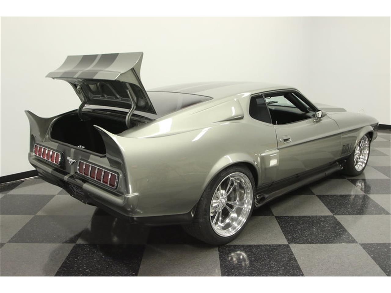 Large Picture of '71 Ford Mustang Fastback Restomod located in Lutz Florida - MGHW