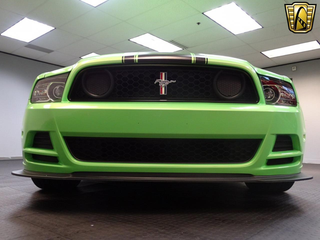 Large Picture of 2013 Ford Mustang located in Dearborn Michigan Offered by Gateway Classic Cars - Detroit - MGI5