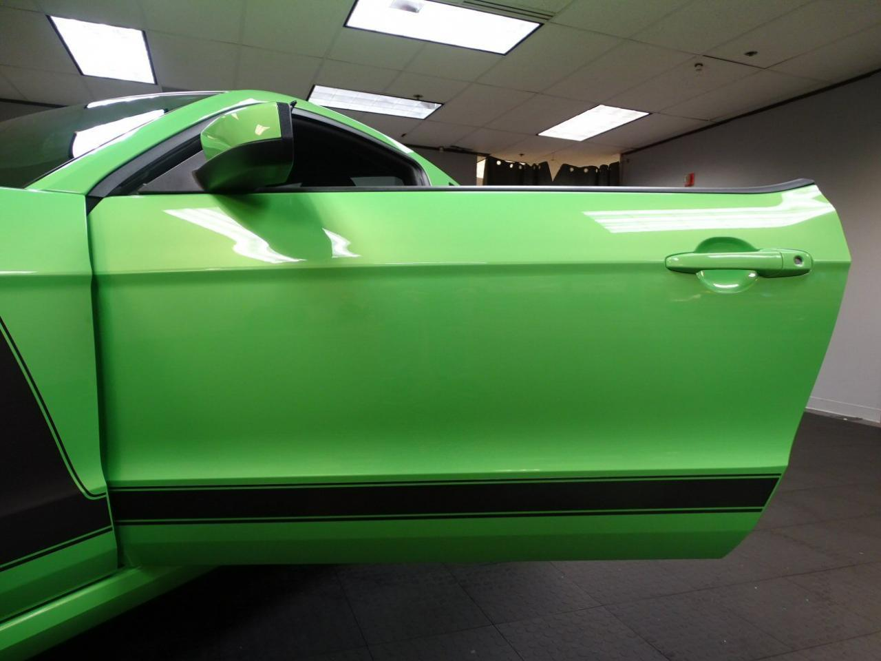 Large Picture of '13 Ford Mustang located in Dearborn Michigan - $40,995.00 - MGI5
