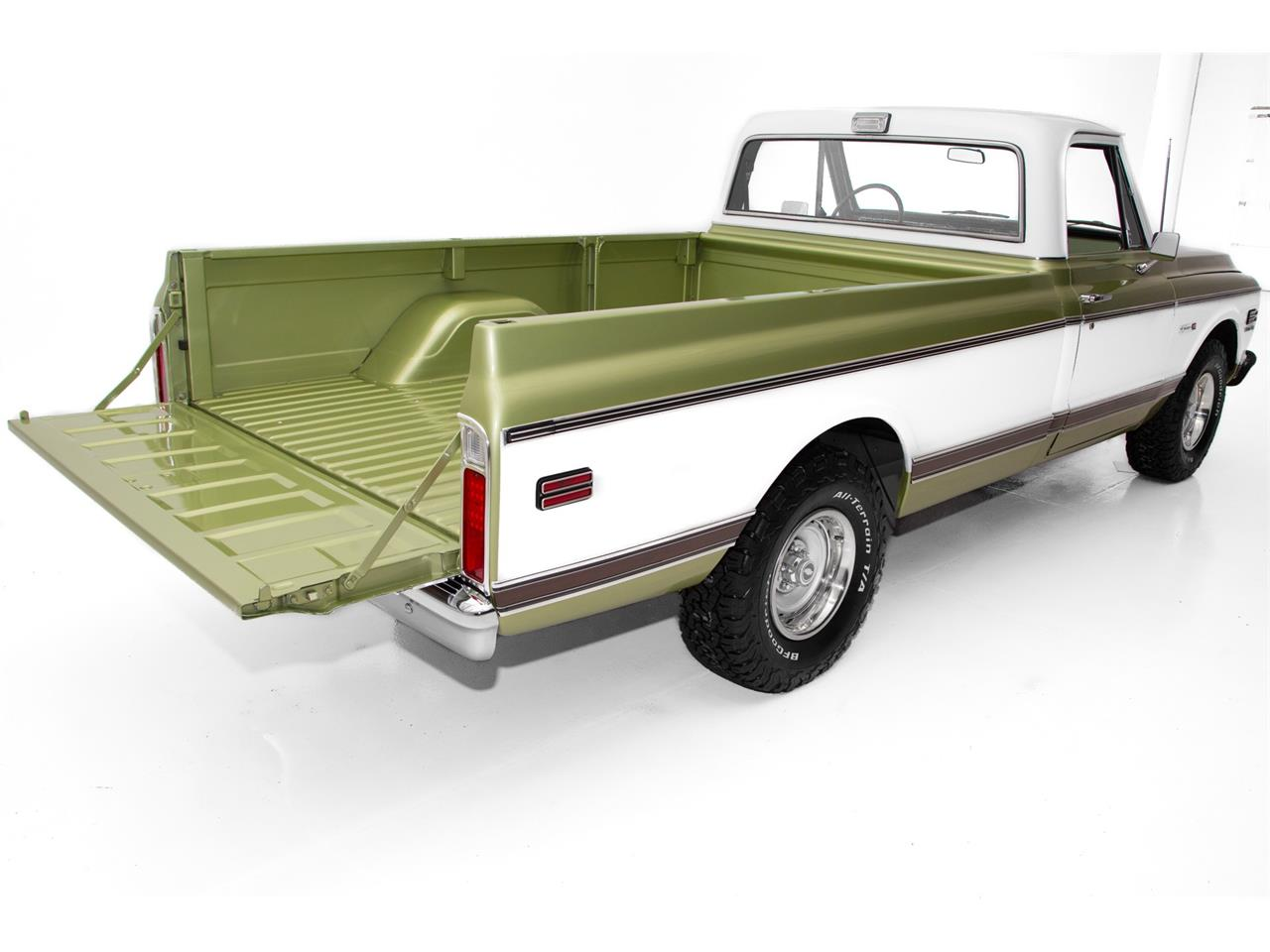Large Picture of '72 Pickup - MGI9