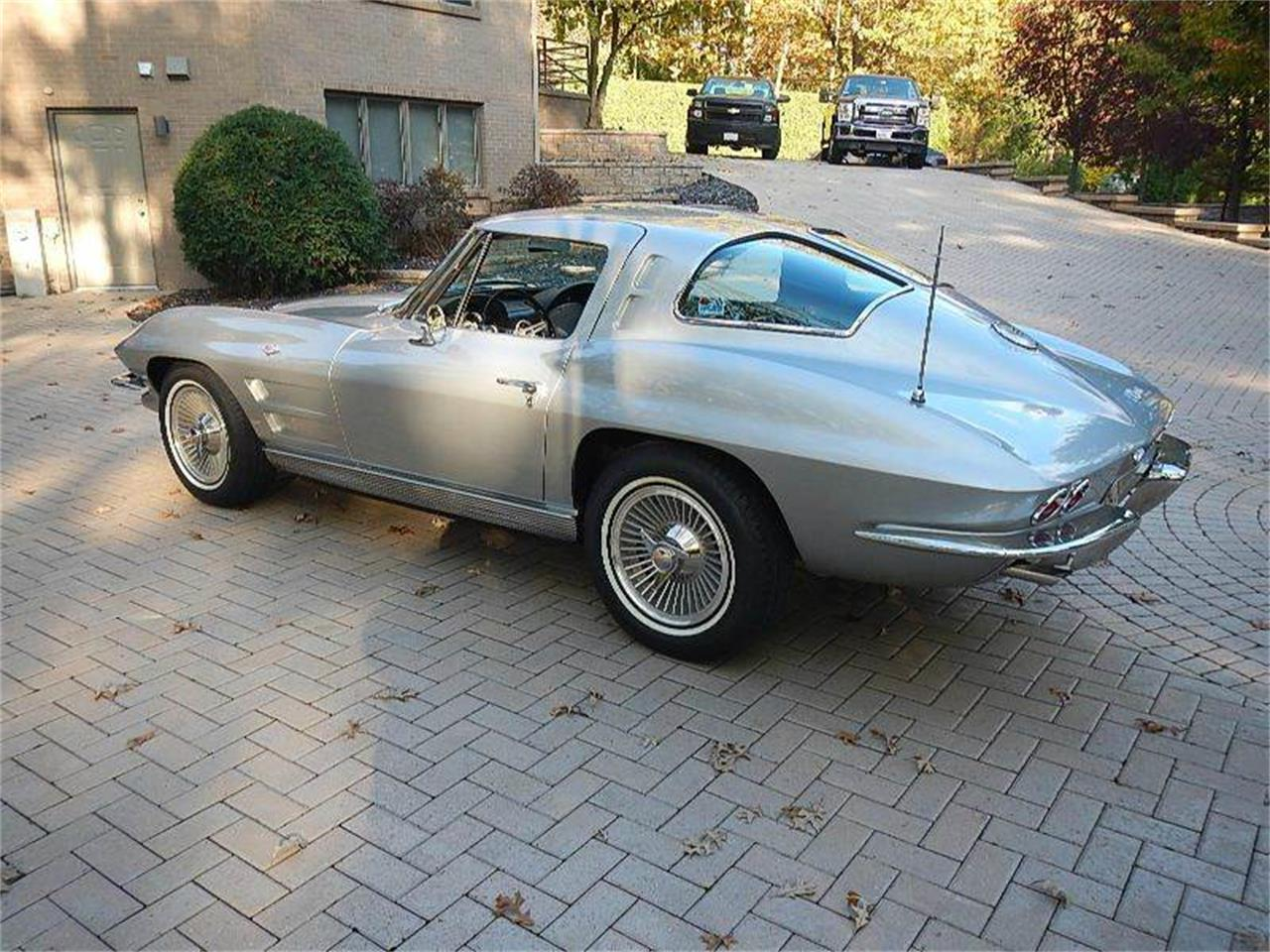 Large Picture of '63 Corvette - MB2N