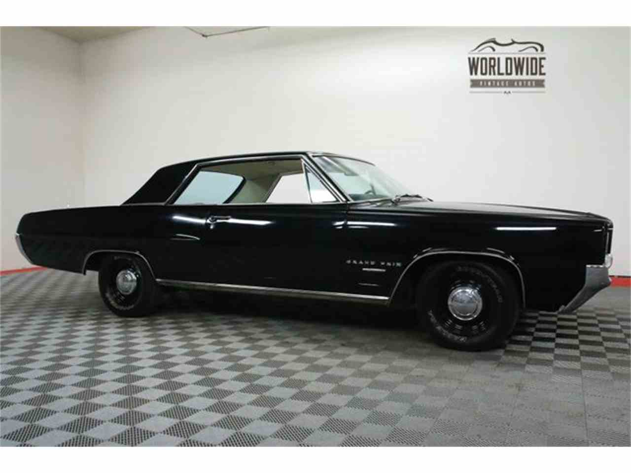 Large Picture of Classic 1964 Pontiac Grand Prix - MGJE