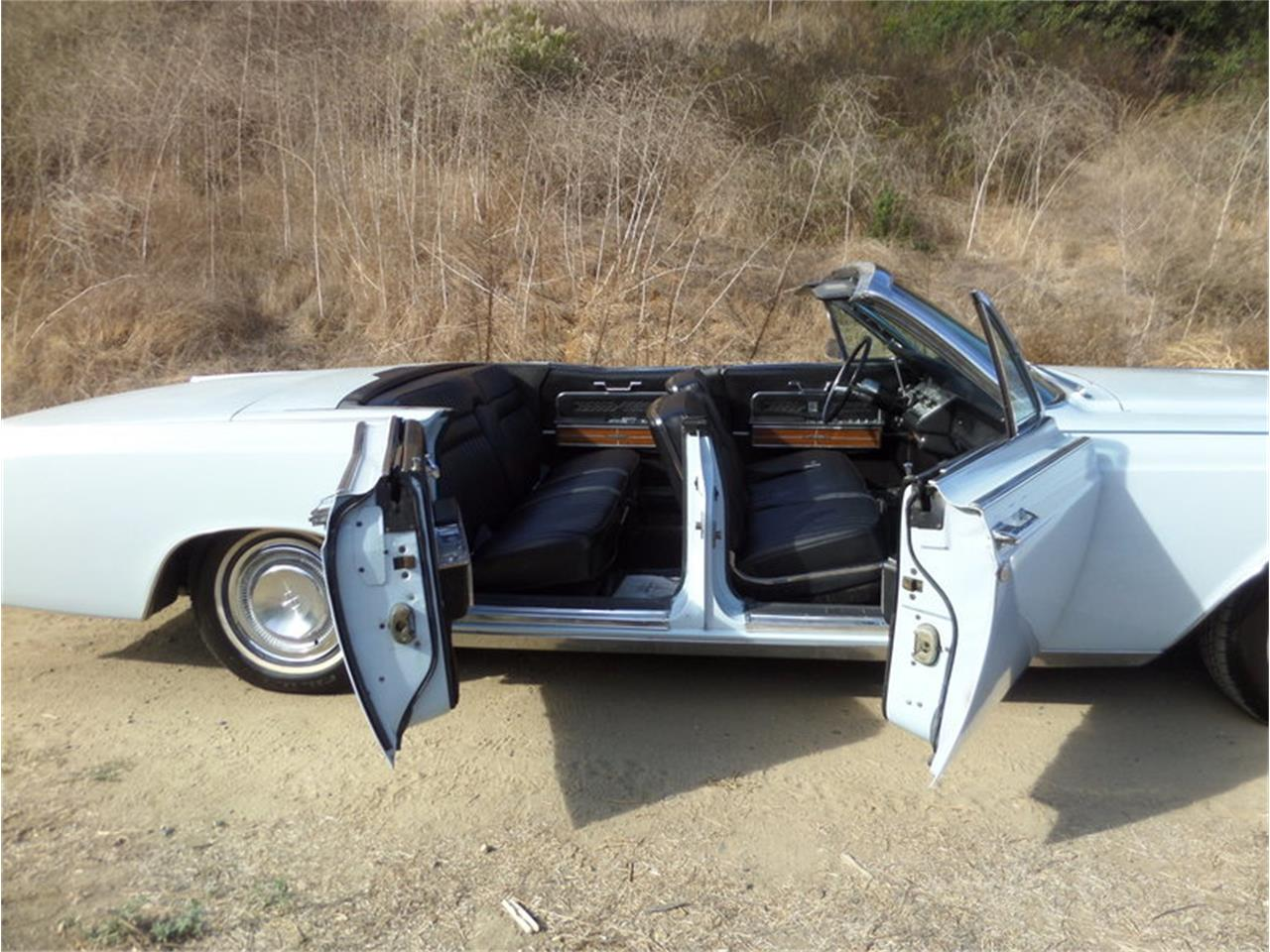 Large Picture of '66 Continental Offered by Laguna Classic Cars - MGK8
