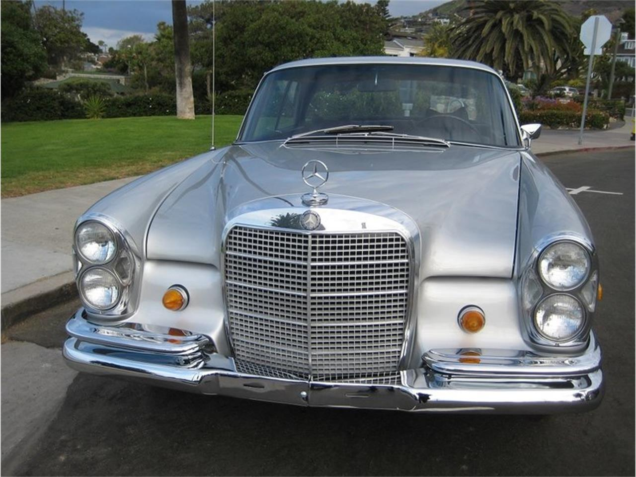 Large Picture of Classic 1969 280SE located in Laguna Beach California Offered by Laguna Classic Cars - MGKL