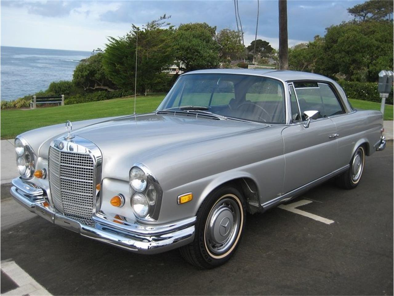 Large Picture of Classic 1969 Mercedes-Benz 280SE located in Laguna Beach California - $109,000.00 Offered by Laguna Classic Cars - MGKL