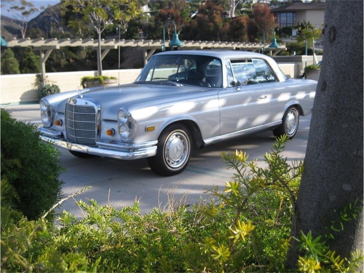 Large Picture of 1969 Mercedes-Benz 280SE located in California - $109,000.00 Offered by Laguna Classic Cars - MGKL