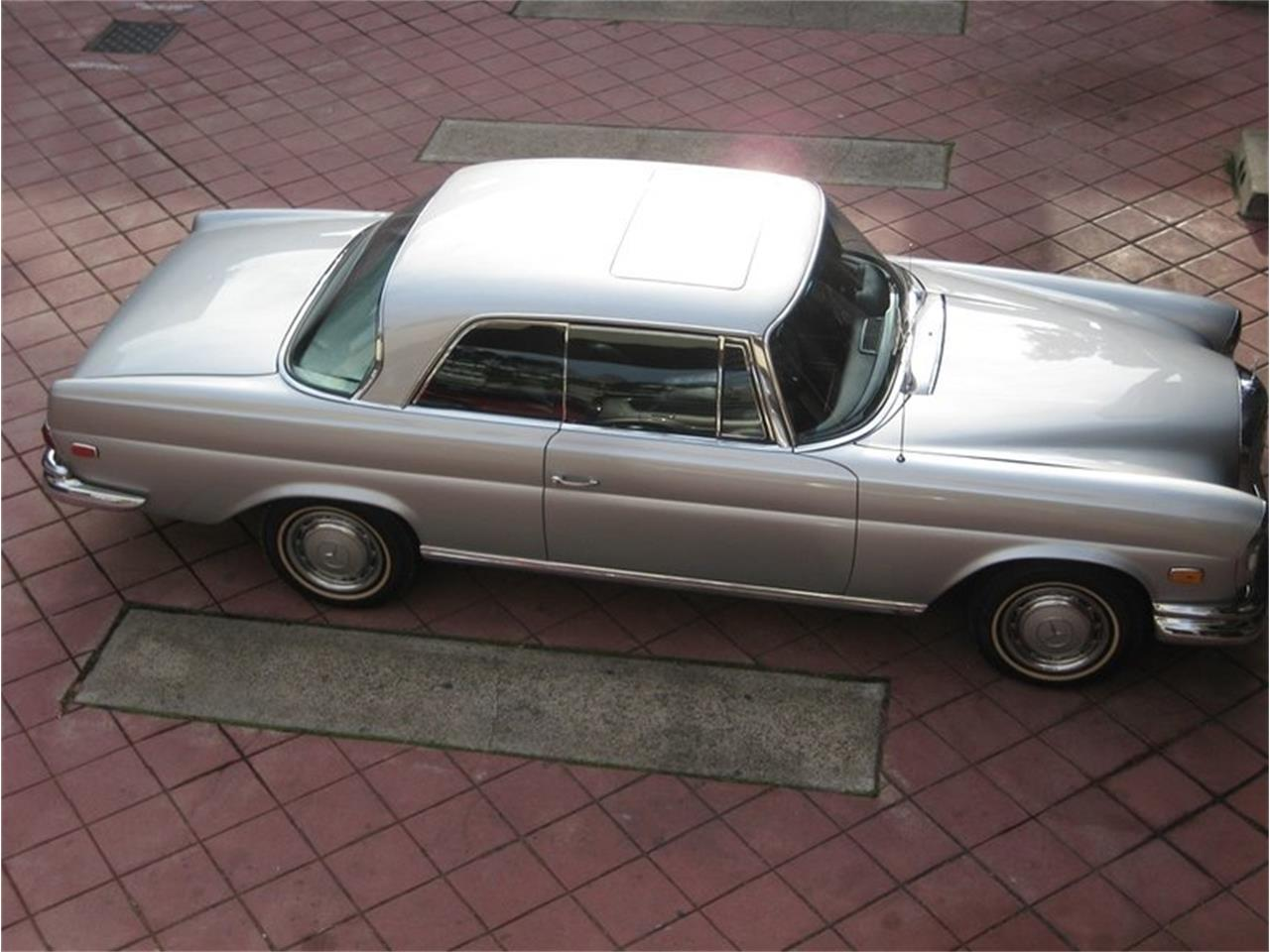 Large Picture of Classic '69 Mercedes-Benz 280SE - MGKL